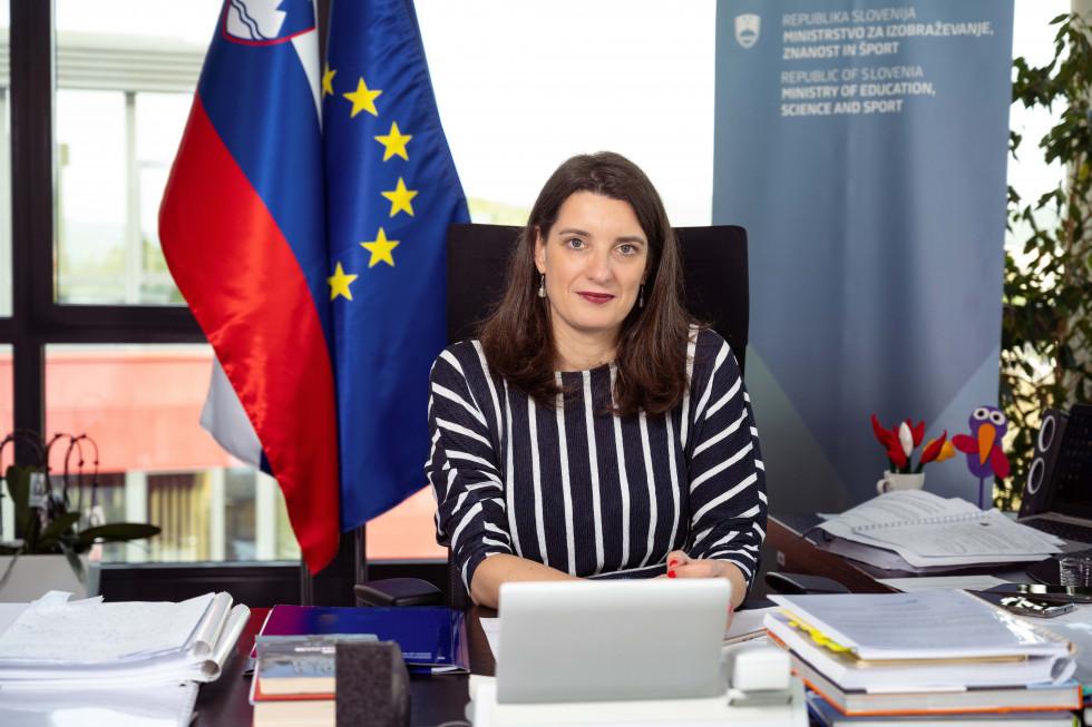 Poslanica ministrice prof. dr. Simone Kustec
