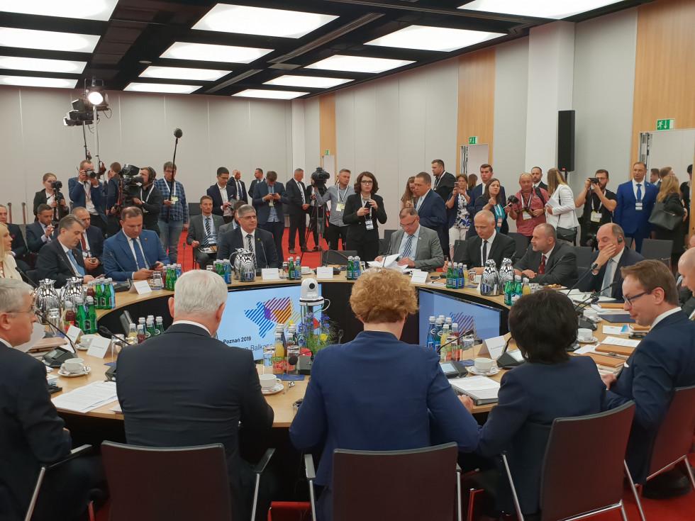 Zasedanje udeležencev Berlinskega procesa v Poznanju
