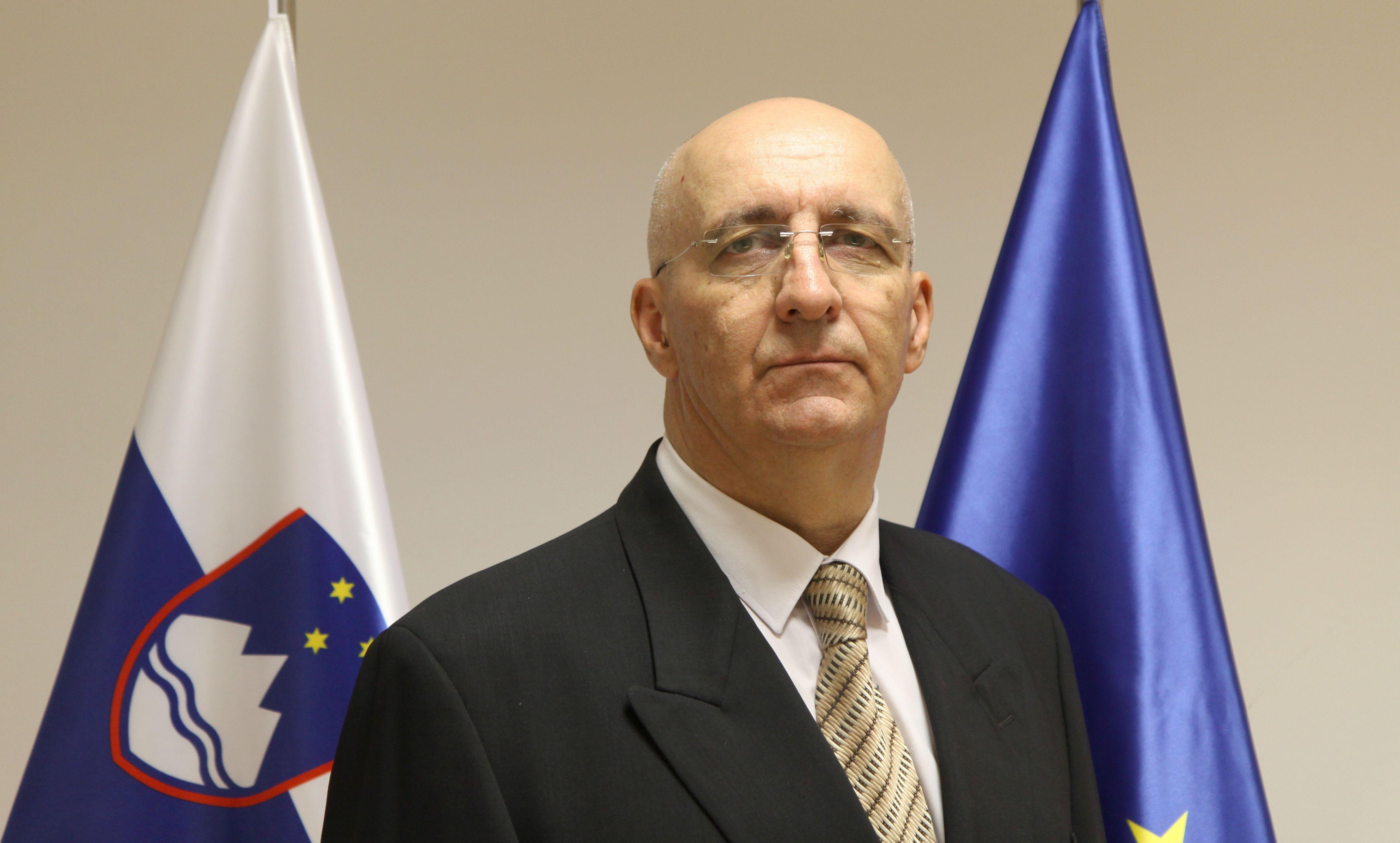 dr. Anton Olaj