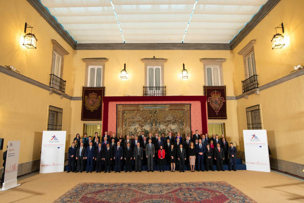 Foreign ministers at the 14th ASEM Meeting in Madrid
