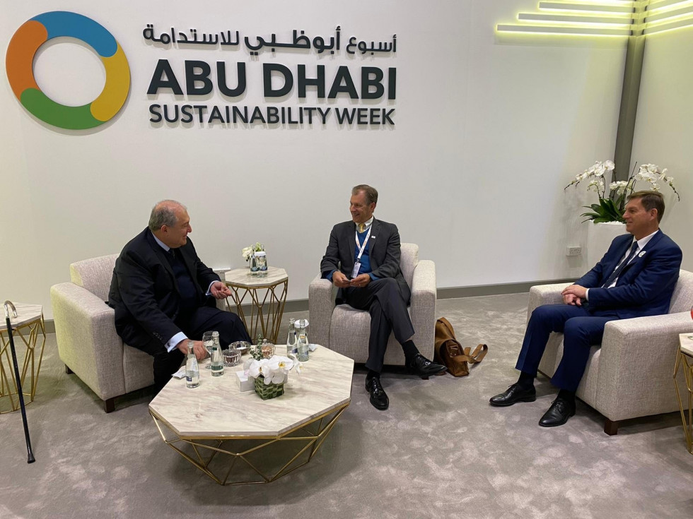 Minister za zunanje zadeve dr. Miro Cerar z armenskim predsednikom Armenom Sarkissianom