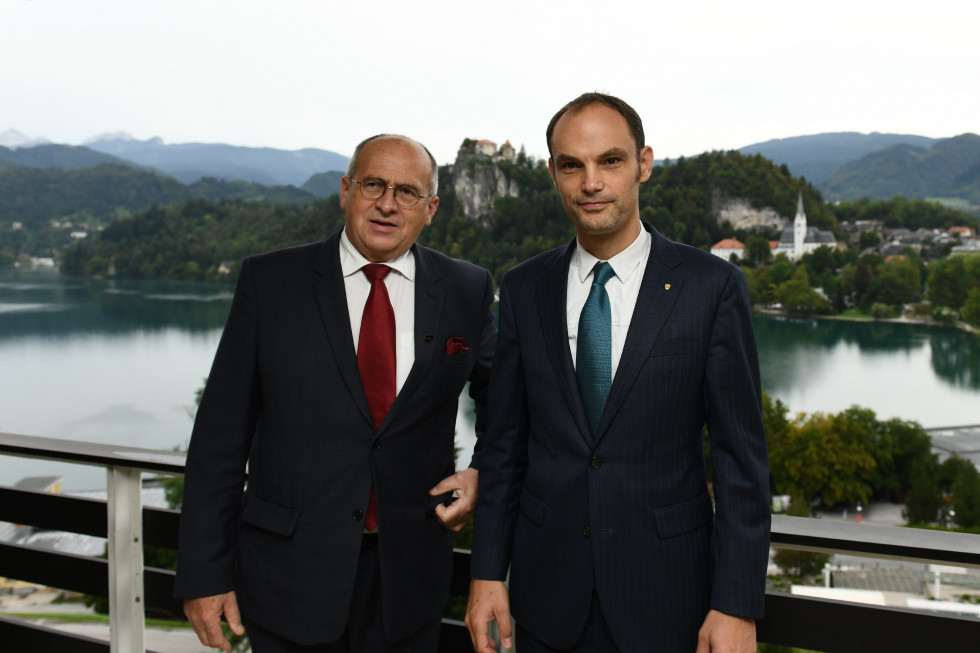 Minister Dr Logar with Polish Foreign Minister Zbigniew Rau