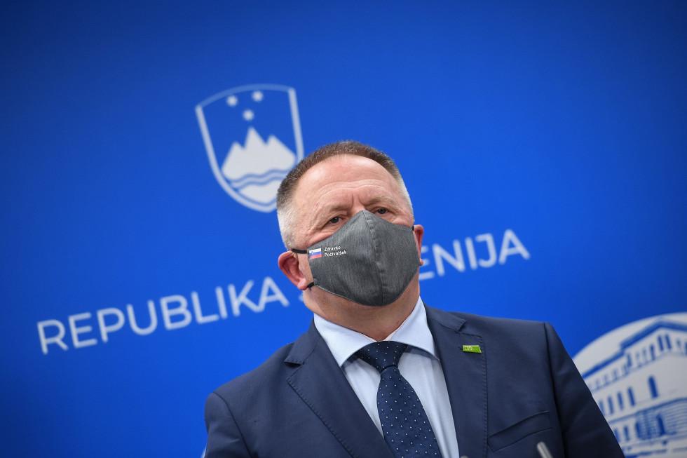 Minister Zdravko Počivalšek