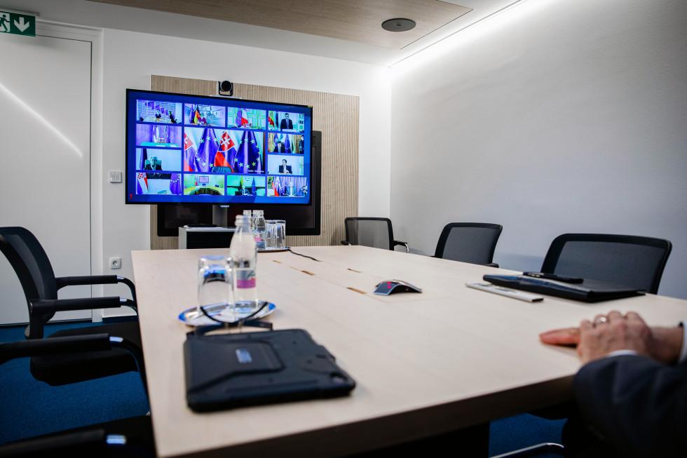 Voditelji članic EU so sodelovali na videokonferenci