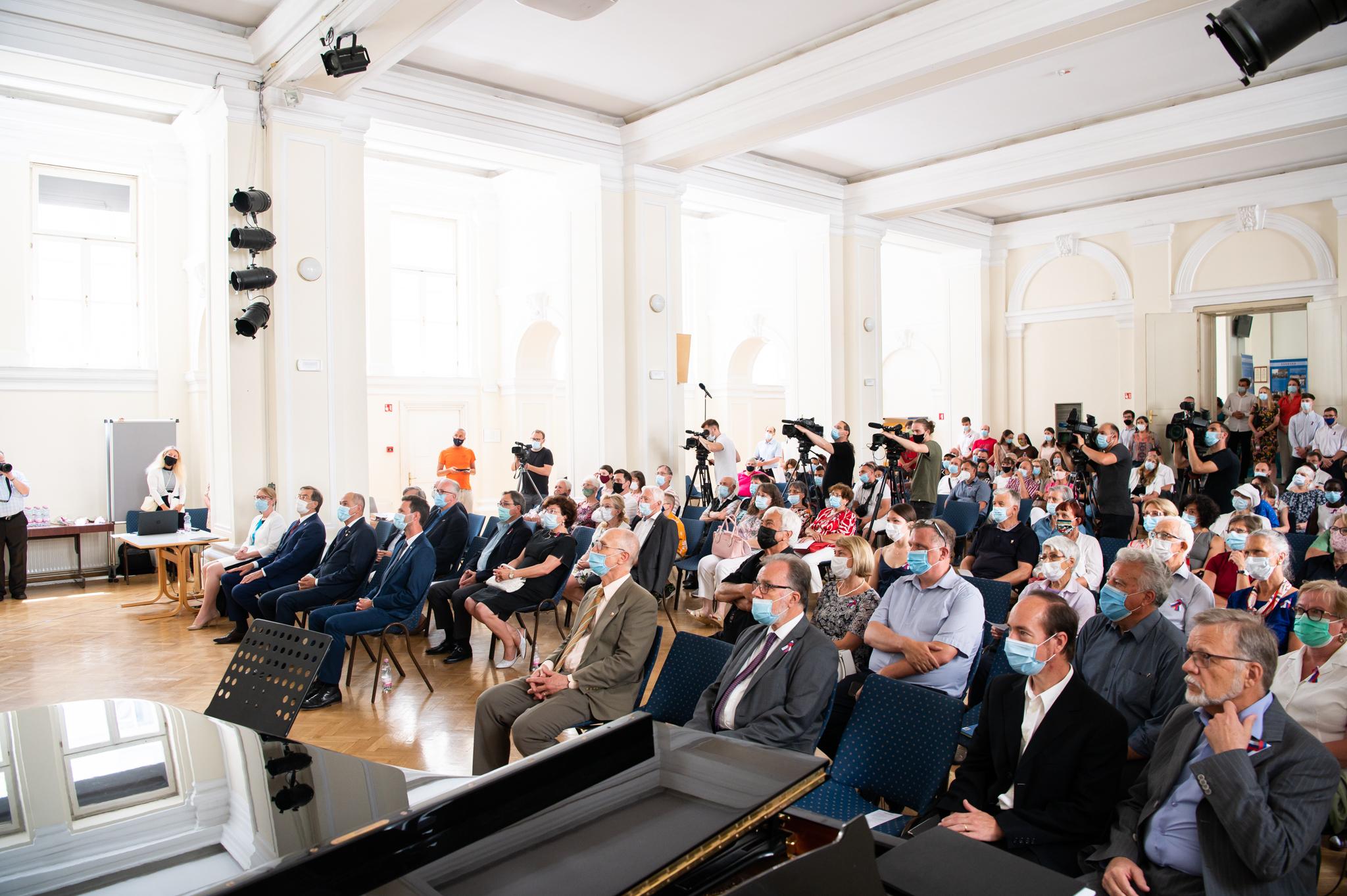 Slovesnost ob 30. obletnici samostojne države Slovenije v organizaciji izseljenskega društva Slovenija v svetu
