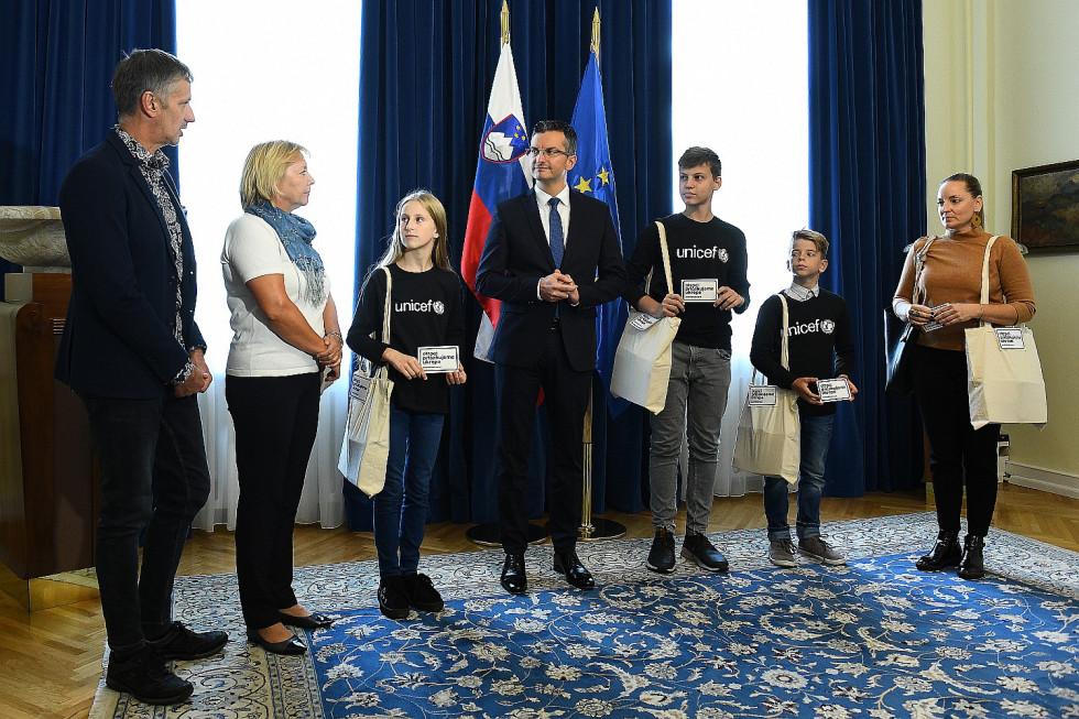 Prime Minister Marjan Šarec met with UNICEF youth ambassadors