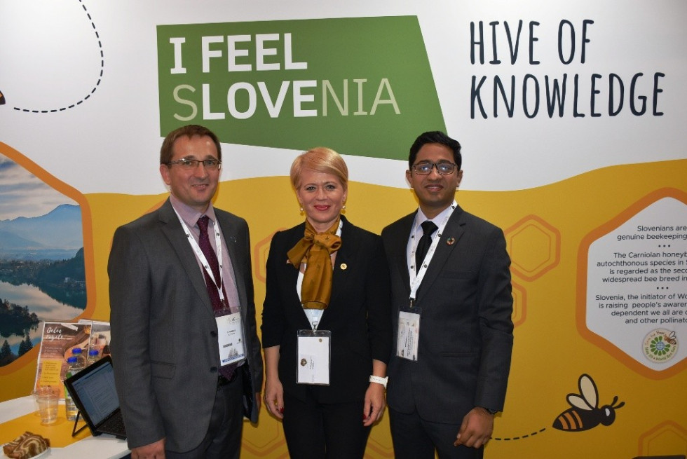 Minister of Agriculture, Forestry and Food Aleksandra Pivec on a three-day visit to Canada, where she is attending the 56th Apimondia International Apicultural Congress